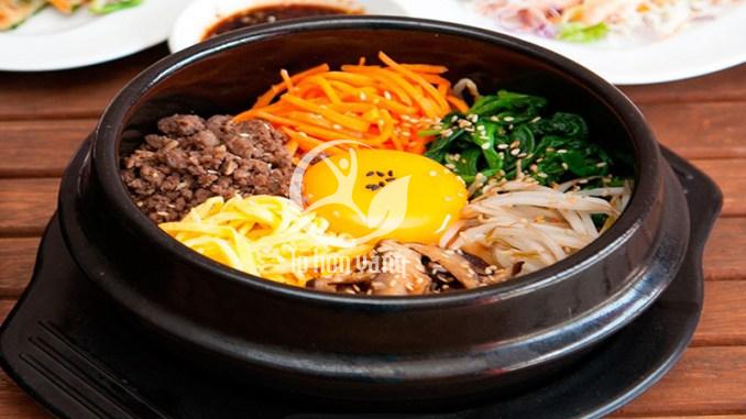 Cơm trộn Hàn Quốc là món ăn ưa thích của nhiều người