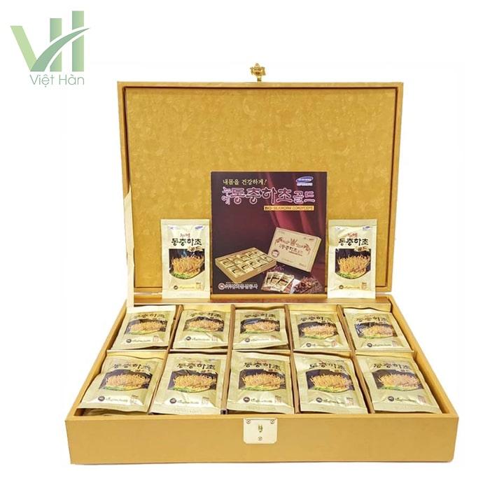 em>Sản phẩm nước đông trùng hạ thảo Hàn Quốc hộp vàng 60 gói Kwang Hwa