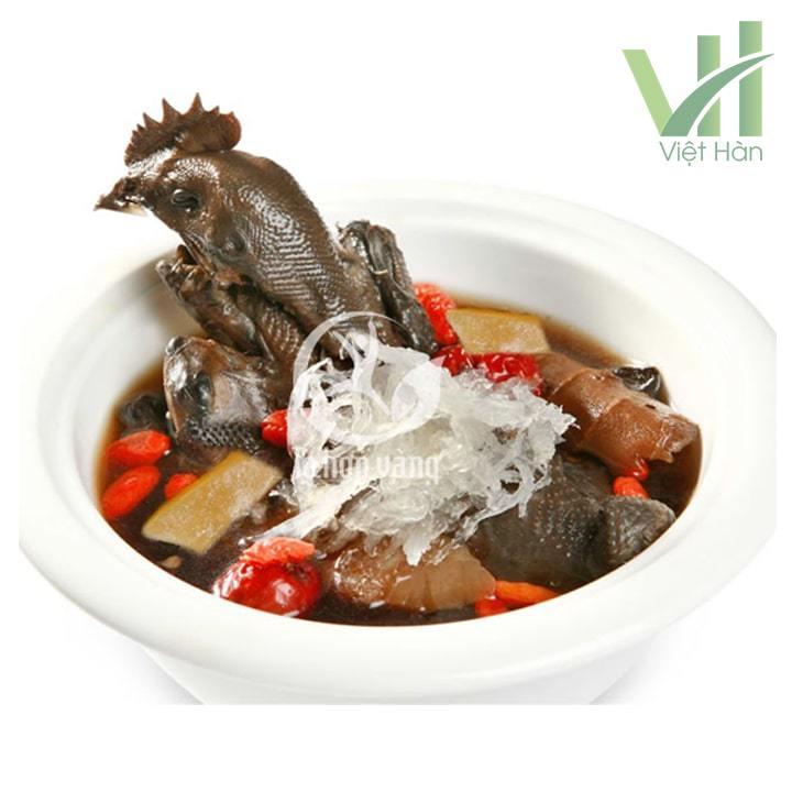 Yến xào nhân sâm gà ác táo tàu là món ăn hội tụ đầy đủ tất cả các dưỡng chất quý giá