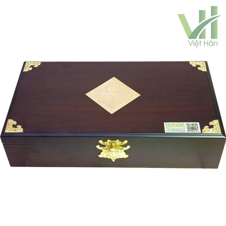 Mặt trước sản phẩm cao hồng sâm Kanghwa Hàn Quốc 250 gram x 4 lọ hộp gỗ