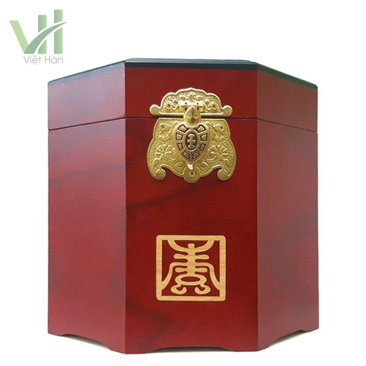 Mặt trước sản phẩm Cao Hồng Sâm Hoàng Hậu Bio 500gram hộp gỗ