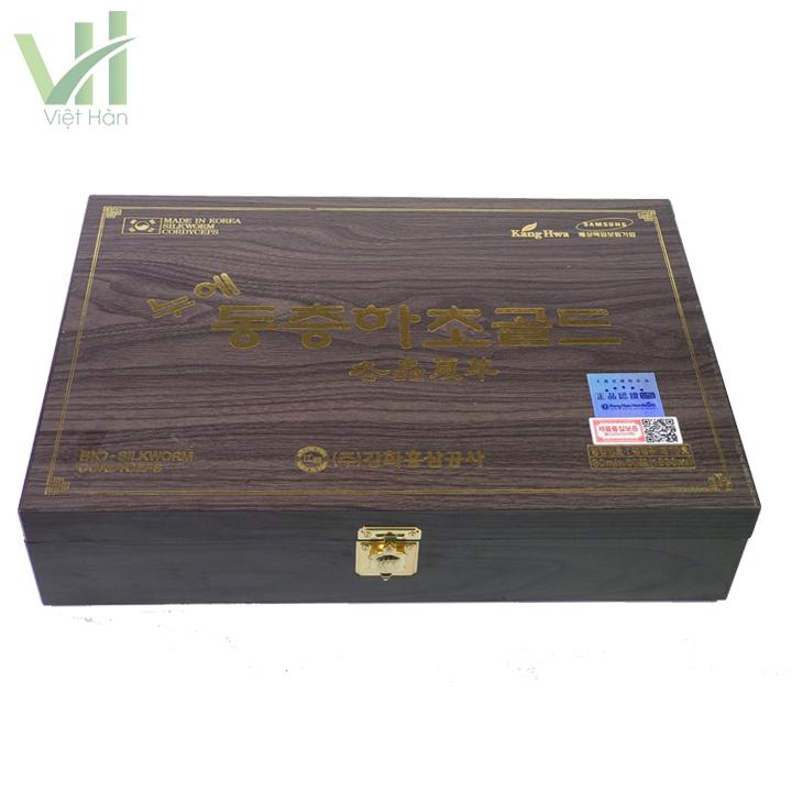 Thiết kế sang trọng của hộp nước đông trùng hạ thảo hộp gỗ đen 30ml x 60 gói Kanghwa